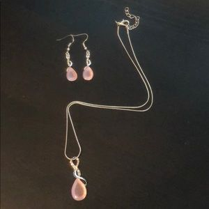 Fashion Jewelry Necklace and Matching Earrings